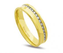 Aliança de ouro 18 com 20 diamantes